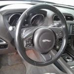jaguar-volante